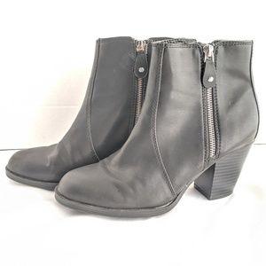 Simply vera vera wang black boots size 7